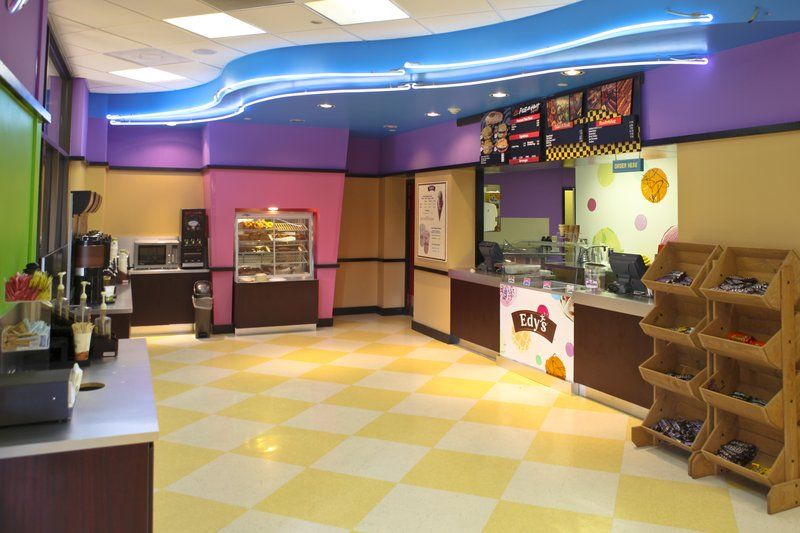 Maxs Deli - serving Pizza, snacks and ice cream