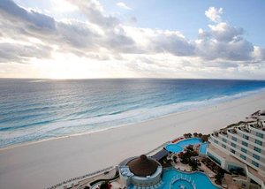 ME Cancun - All Inclusive - Adults Oriented