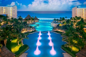 The Westin Lagunamar Ocean Resort and Villas